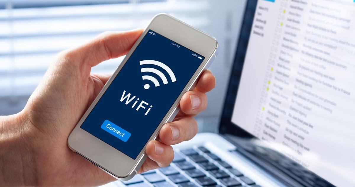 社内のWi-Fi、安全に使えていますか?|便利さの裏にある危険性を把握しましょう