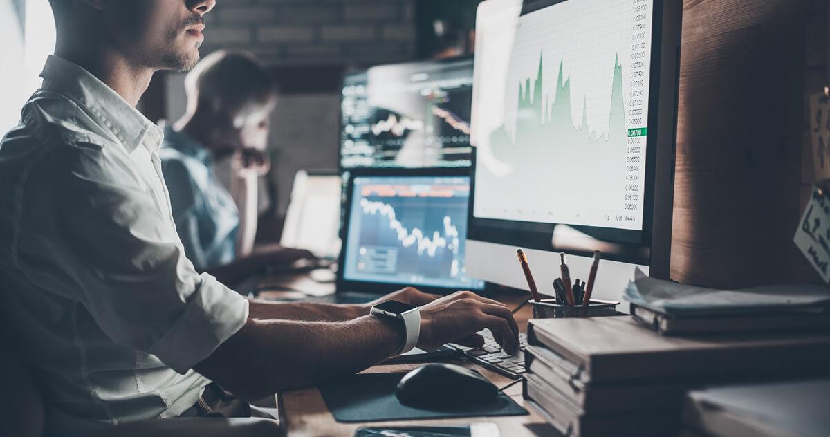 危機感が増している金融機関!サイバー攻撃の被害状況と取り組むべきセキュリティ強化とは